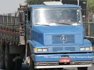 BNDES prorroga Procaminhoneiro para março de 2011