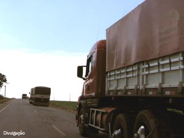 Desoneração da folha de pagamento das empresas de transporte ficou para 2014