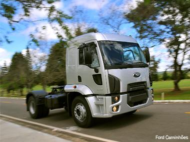 Ford apresenta a nova linha Cargo 2012