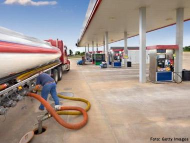 Preço médio do óleo diesel mantém-se estável nos últimos 30 dias, diz ANP