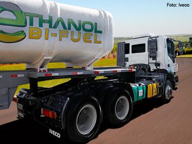 Iveco apresenta protótipo de caminhão bicombustível