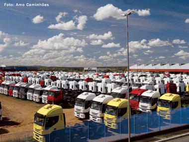 Produção de caminhões cresce 37,8% em maio