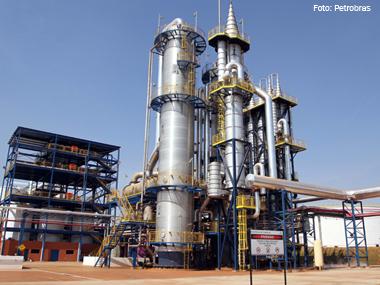 Petrobras Biocombustível e Tereos inauguram destilaria de etanol