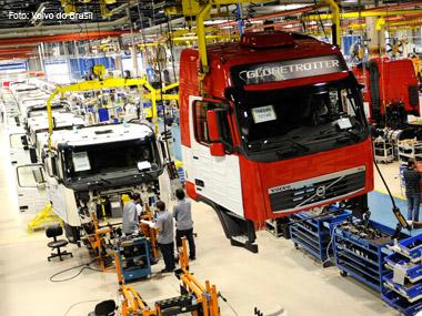 Produção de caminhões em 2011 sobe 12%