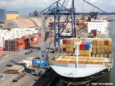 Porto de Santos (SP) registra movimentação recorde no 1º bimestre de 2013