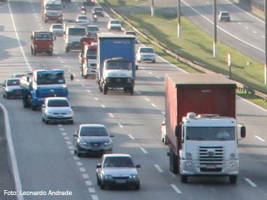 Restrições aos caminhões chegam ao ABC paulista