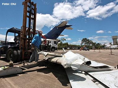 CNJ desmonta mais três aviões-sucata da Varig no RJ