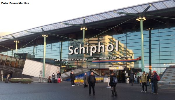 Aeroporto Amsterdam : Aeroporto de schiphol na holanda termina com