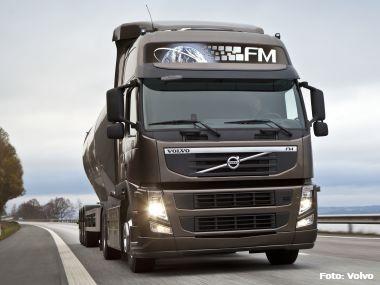 Volvo atinge recordes de venda de caminhões e market share em 2011