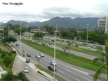 Caminhões e ônibus têm circulação restrita em avenidas do centro do Rio de Janeiro