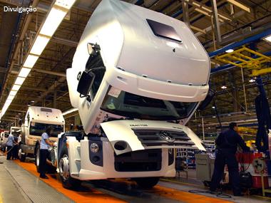 Caminhão permanecerá isento de IPI até o fim de 2013