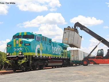 Brado e Santos Brasil intensificam parceria para escoamento de cargas por ferrovia