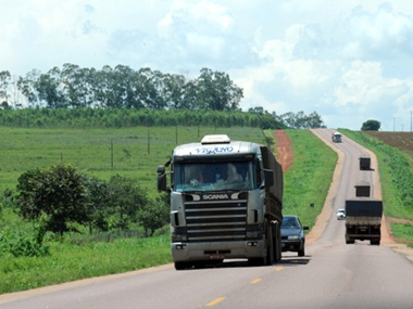 Transporte rodoviário de cargas necessita de reajuste de 9,66% no frete praticado