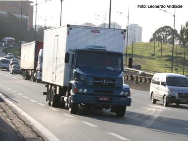 Fiscalização da nova lei dos motoristas começa em todo o Brasil