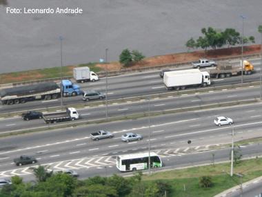 Greve dos caminhoneiros tem pouca adesão no País