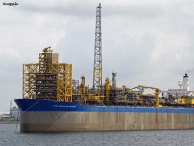 Petrobras inicia extração de petróleo no pré-sal da Bacia de Campos