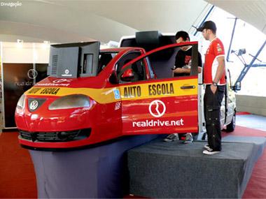 Autoescolas terão aulas com simulador de direção em 2013