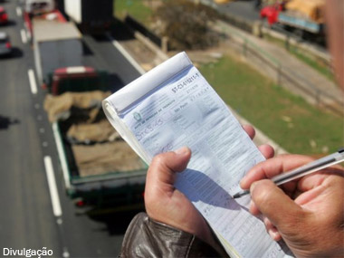 CET SP inicia testes com sistema de multas online