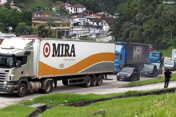 Serra Rio-Petrópolis terá restrição a caminhões
