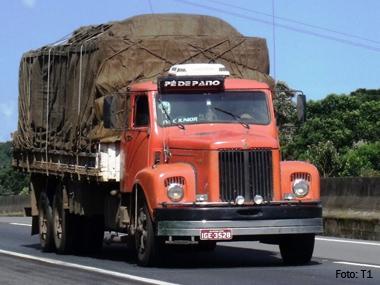 Autônomos poderão dar entrada em financiamento de caminhão no Poupatempo Santos (SP)