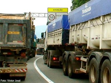 Governo do Rio edita Lei que isenta caminhões novos de ICMS