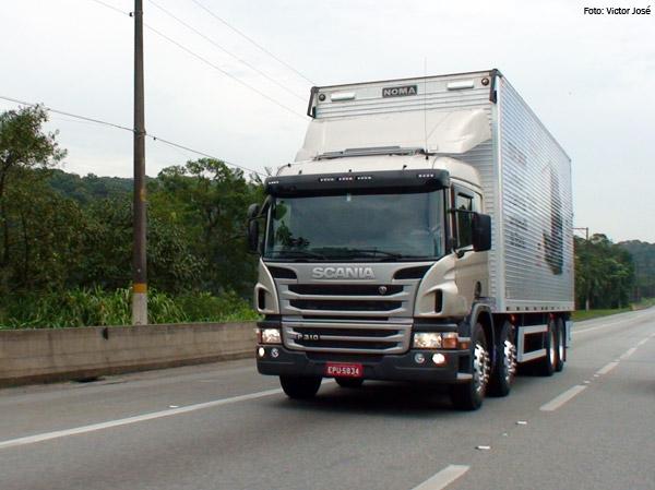 Modelo P 310 8x2 é o carro-chefe da linha de semipesados da Scania, responsável pela maior fatia de vendas