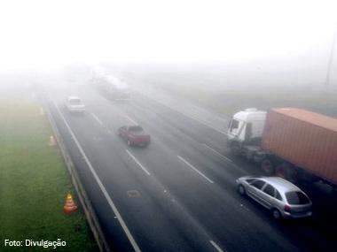 Artesp lista dez pontos de rodovias paulistas sujeitos a neblina intensa