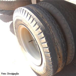 pneu-velho