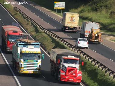 Câmara aprova pontos de apoio para motoristas em rodovias federais