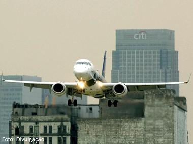 Família de aviões E-Jets da Embraer completa 10 milhões de horas de voo