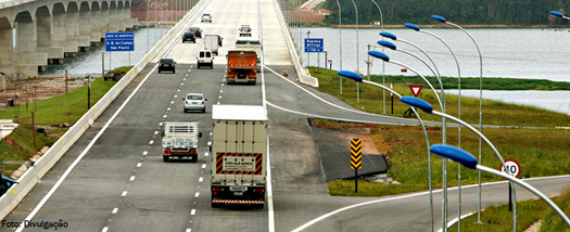 news-caminhoes-rodovia