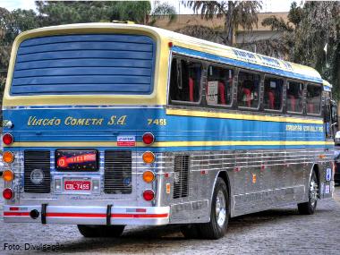 Viação Cometa comemora 65 anos com viagens exclusivas do modelo Flecha Azul