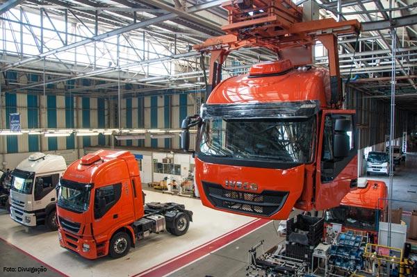 Extrapesados estão sendo produzidos na fábrica da Iveco em Sete Lagoas (MG)