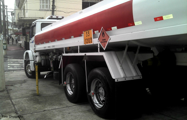 transporte-combustivel-lei