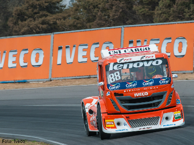Scuderia Iveco sagra-se campeã sul-americana de Fórmula Truck