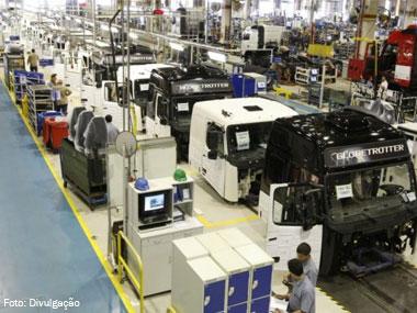 Produção de veículos no Brasil fecha ano com queda de 15,3%