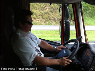 Câmara dos Deputados aprova substitutivo para a Lei do Motorista