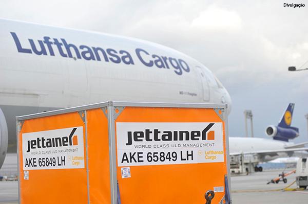 lufthansa-cargo-conteineres-leves