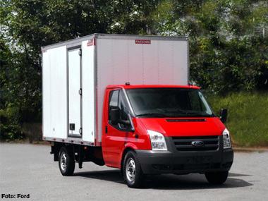 Ford interrompe importação de suas vans e furgões Transit