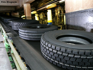 Michelin atende demanda de caminhões e ônibus com nova geração de pneus