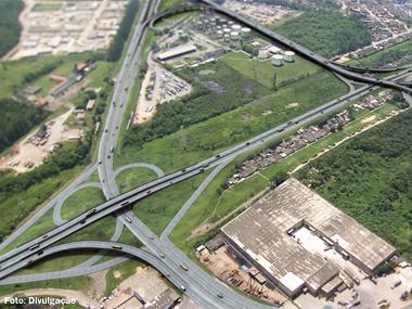 Anel Viário de Cubatão (SP) é aberto para tráfego