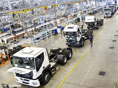 Vendas de veículos no Brasil sobem 2,70% em outubro