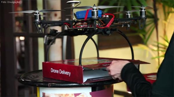 drone-pizza-dentro