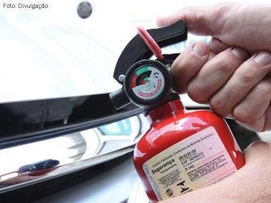Uso obrigatório do extintor veicular tipo ABC será prorrogado por 90 dias