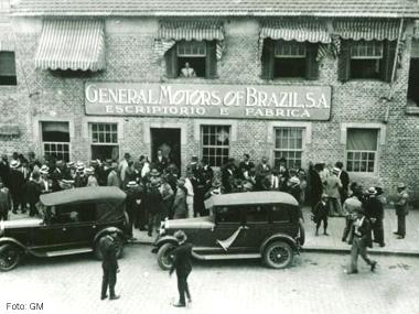 GM celebra 90 anos no Brasil
