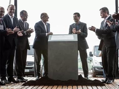 Mercedes-Benz inicia construção de unidade fabril em Iracemápolis (SP)