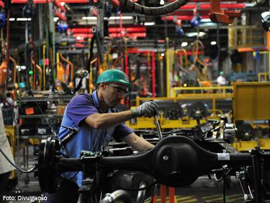 Setor de autopeças no Brasil projeta 2015 difícil com queda de 11,5% no faturamento