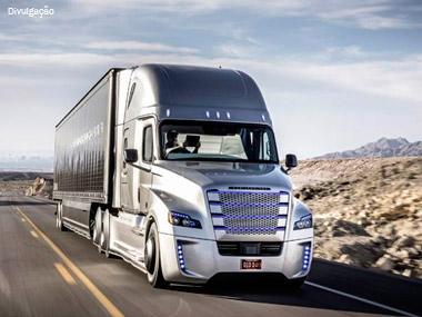 Daimler apresenta caminhão autônomo nos Estados Unidos