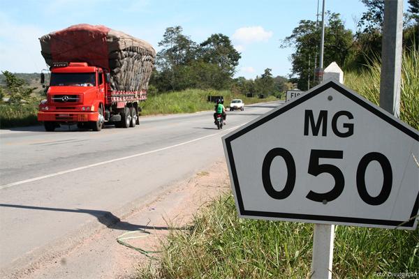 mg-050-estrada