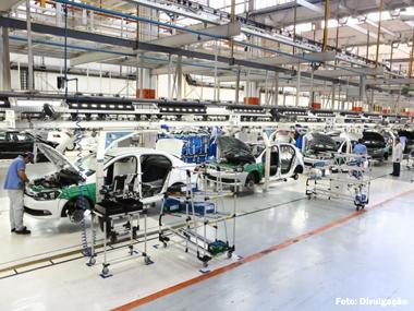 Produção brasileira de veículos apresenta queda de 18,5% no 1º semestre de 2015